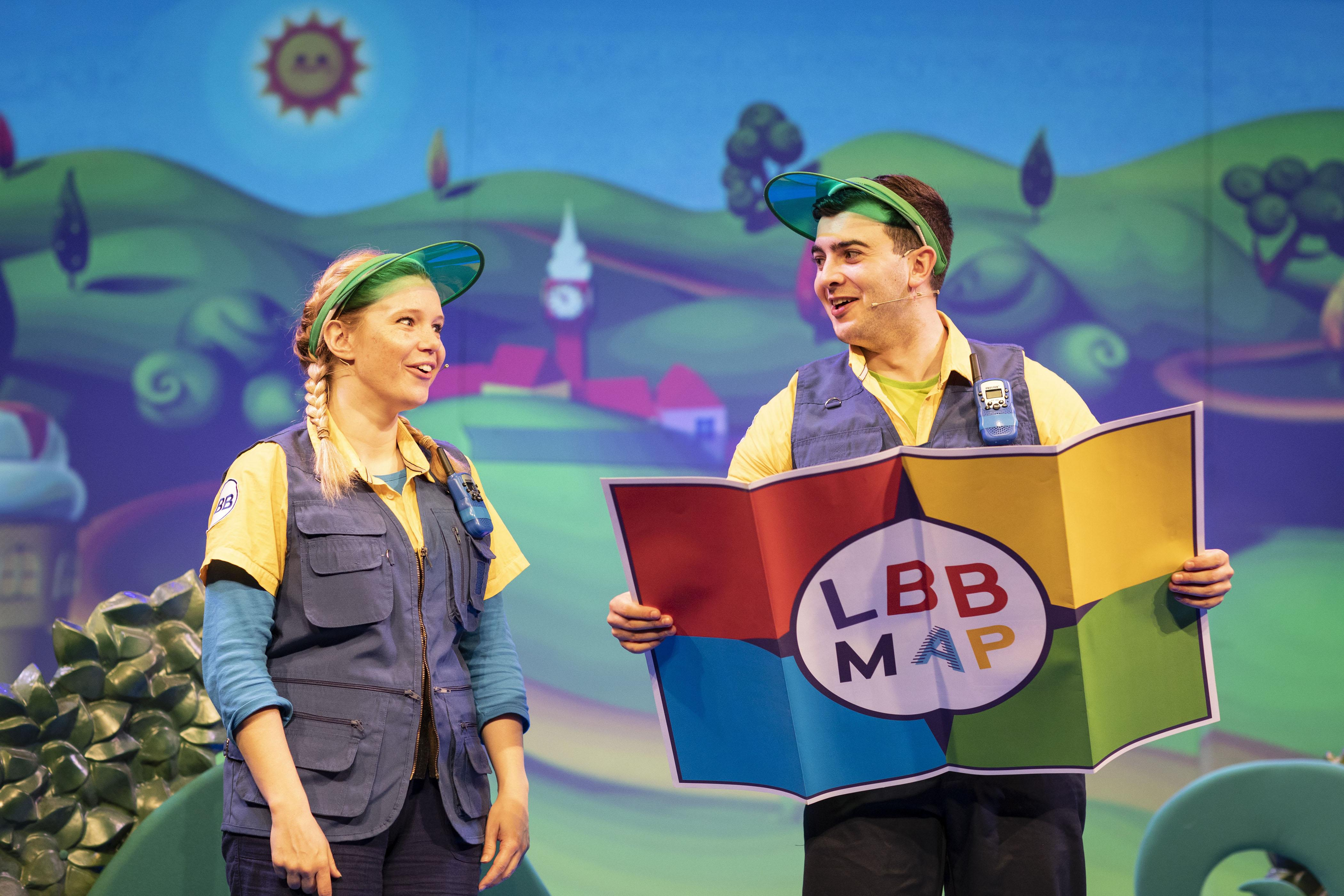 1. LITTLE BABY BUM LIVE. Charlotte Cooper (Tour Guide) and Henry James Cox (Tour Guide). Photo Helen Maybanks.jpg