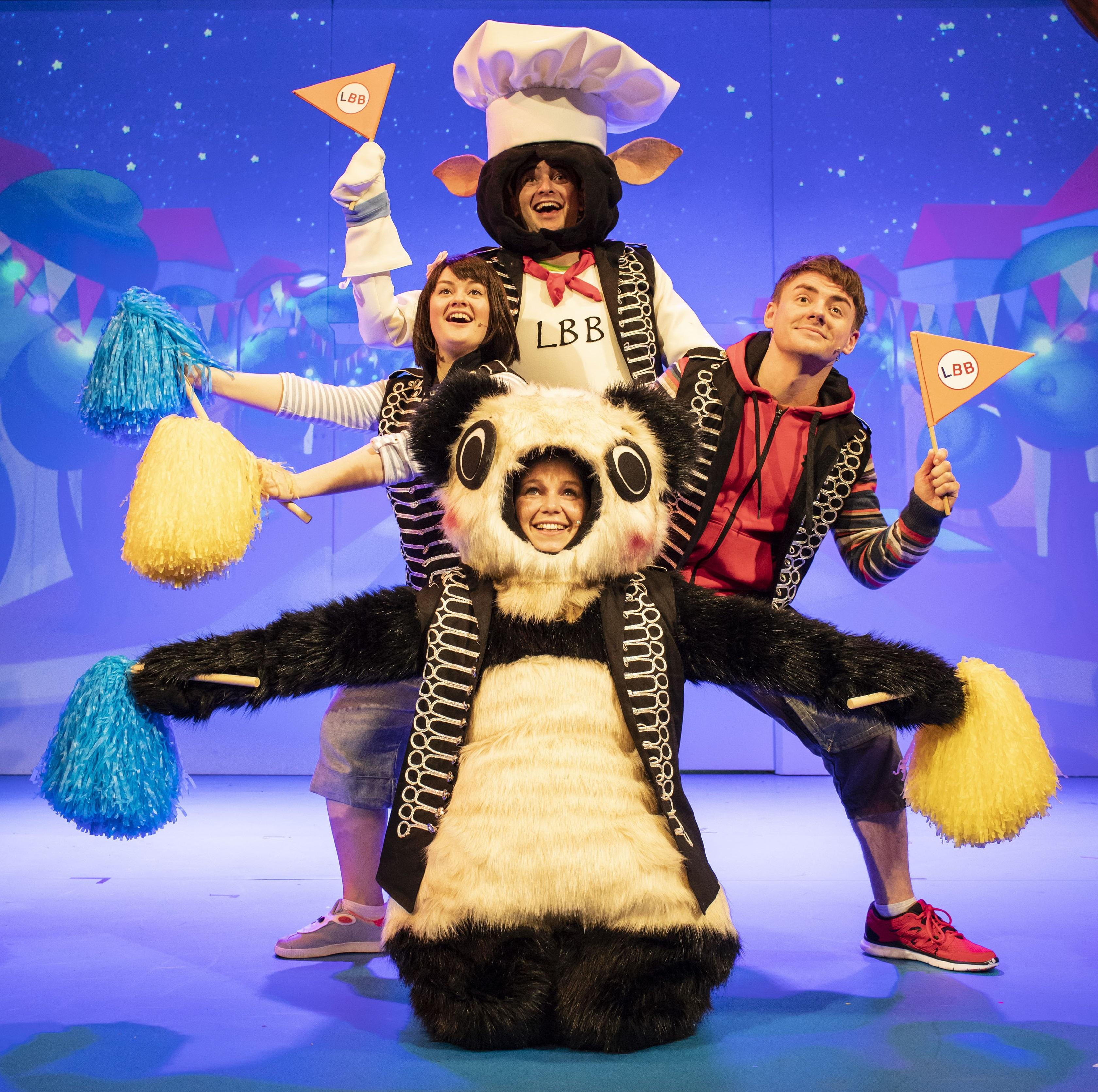 16. LITTLE BABY BUM LIVE. Henry James Cox (BaaBaa), Rebecca Withers (Mia), Jack McNeill (Jacus), Charlotte Cooper (Baby.jpg