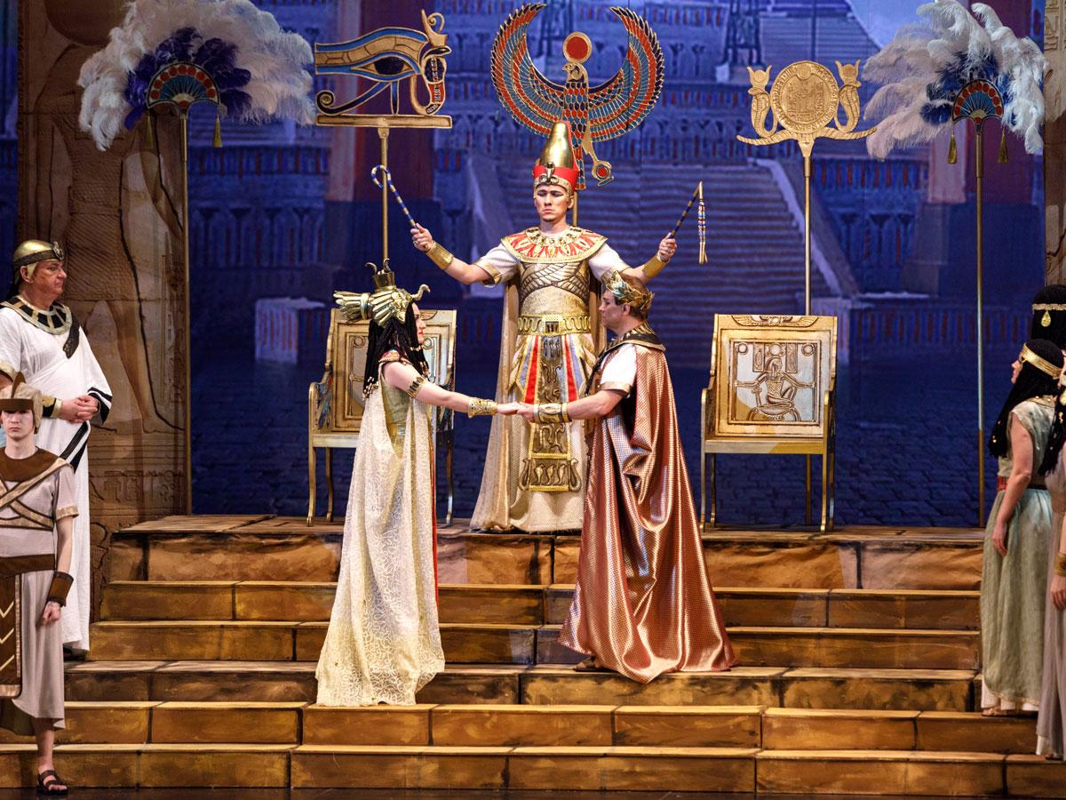 Image of the cast on stage