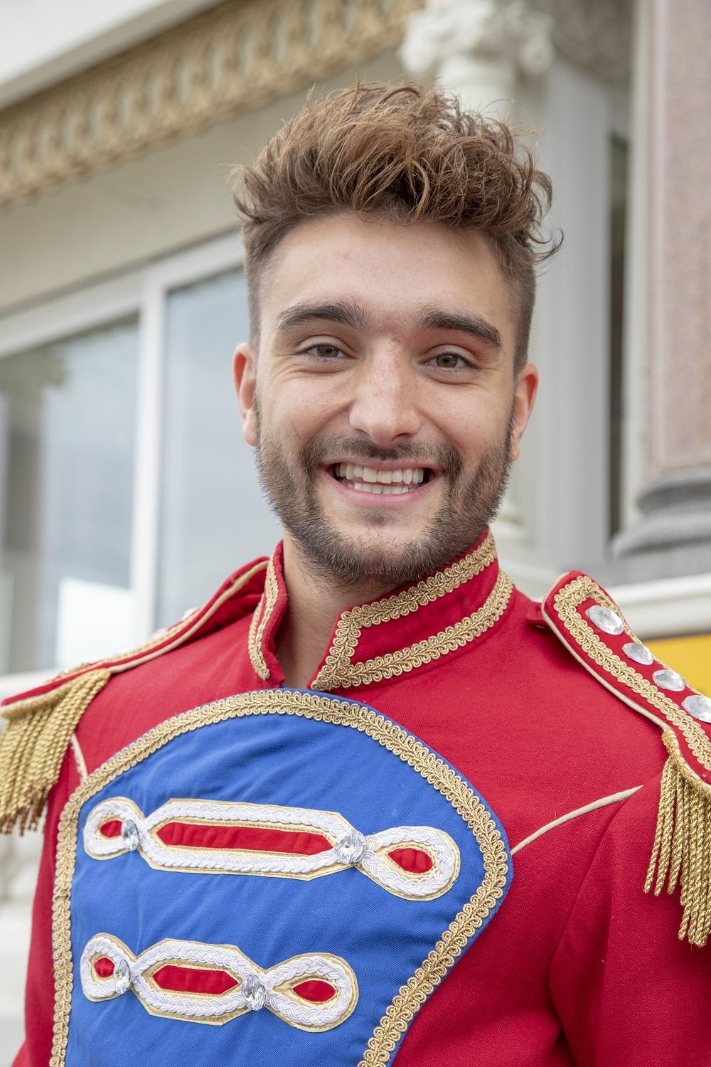 image of Tom Parker (Prince Charming)