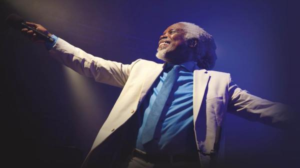 Billy Ocean on stage
